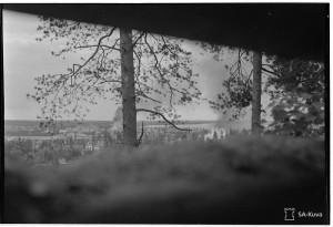 Karhumäki tykistötulessa. Pindusin ja Karhumäen viivytystaistelut 1944.06.20 SA-kuva 154360
