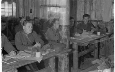 Sotahistoriallisia luentoja huhtikuussa 2015